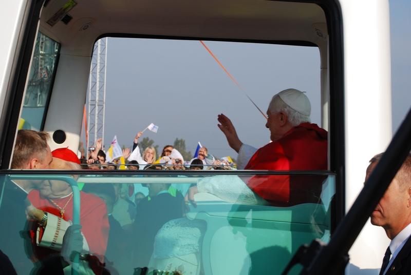 Benedykt XVI stawia na młodych