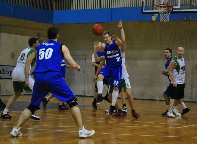 Problemy mistrza u koszykarskich amatorów