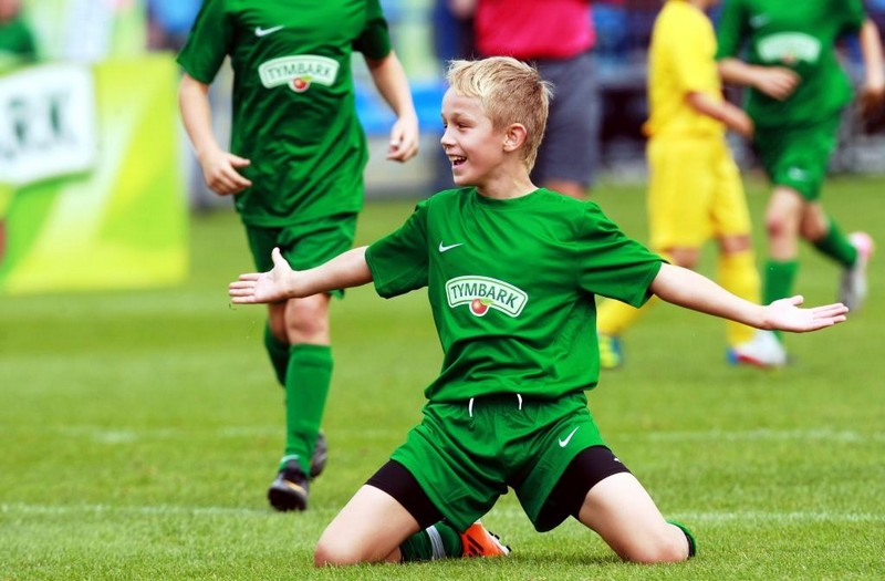 Młodzi piłkarze powalczą o słodki puchar