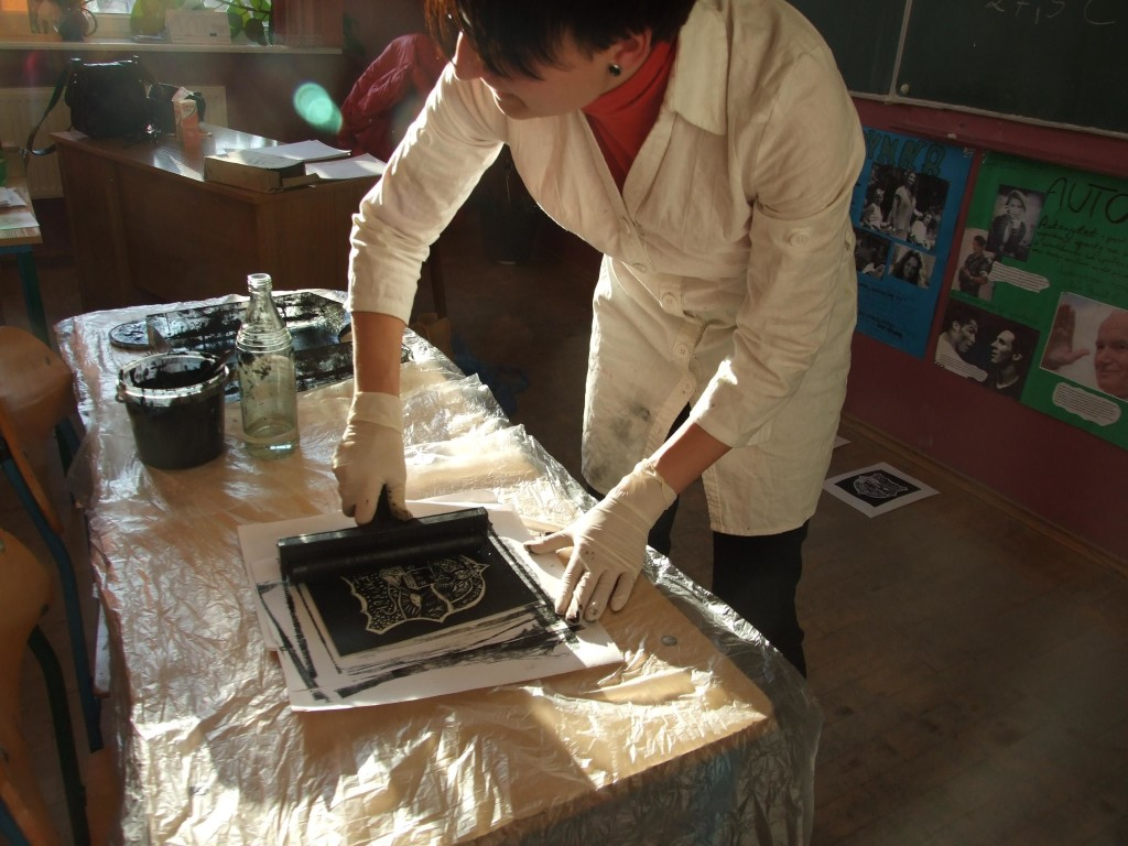 Młodzi artyści z powiatu zapraszają na wystawę