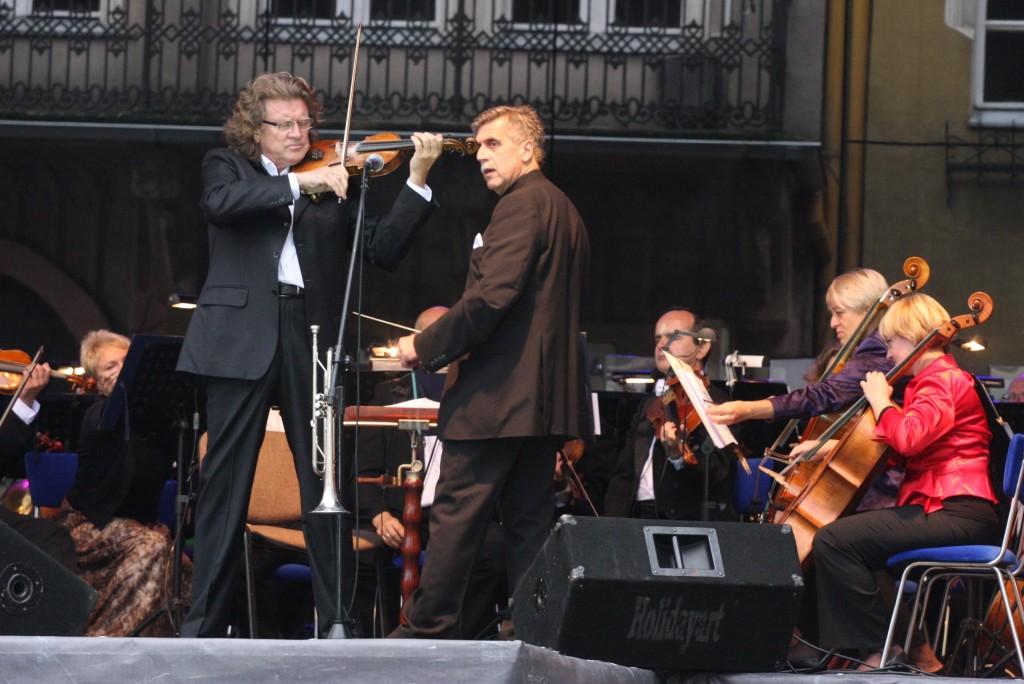 Zbigniew Wodecki czarował piosenką na wałbrzyskim Rynku