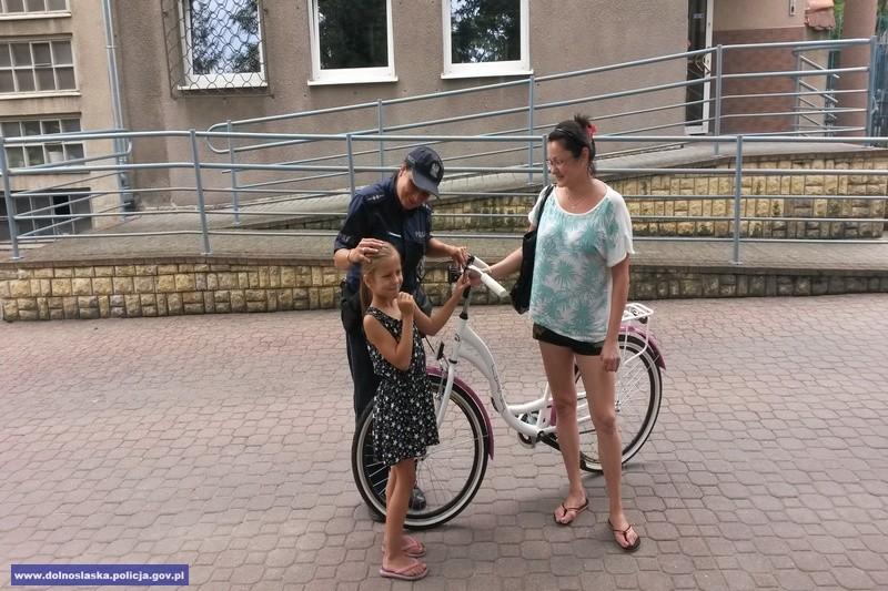 Dziewczynka odzyskała swój rower
