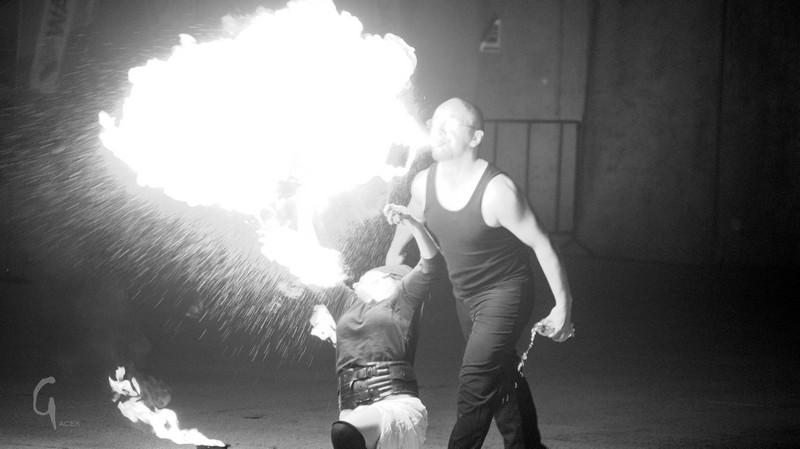 Ogień w galerii WOK