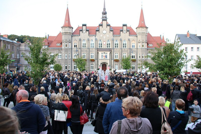 W Wałbrzychu też protestowali – ZOBACZ ZDJĘCIA
