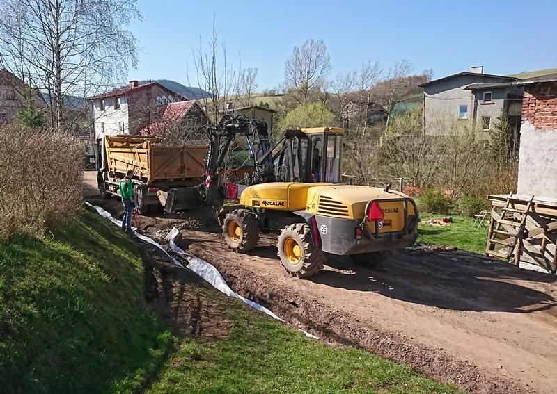 Ruszyła przebudowa drogi w Unisławiu