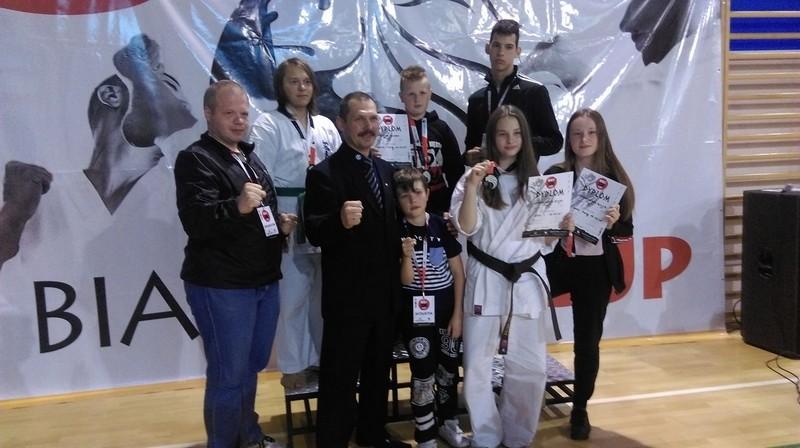 Złota i srebra karateków