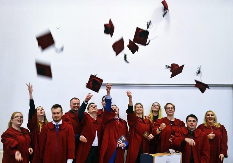 Dyplomy wręczone