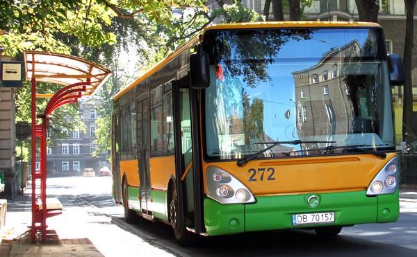 Autobusem do Starych Bogaczowic?