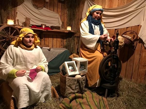 Tłumy odwiedziły narodzonego Jezusa