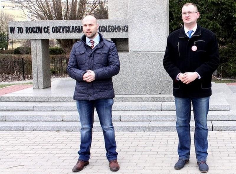 Inicjatywa Polska broni pomnika