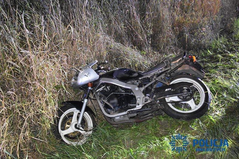 Motocyklista zginął po czołowym zderzeniu