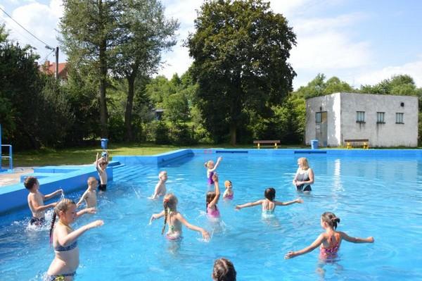 Pływacy trenowali w czasie wakacji