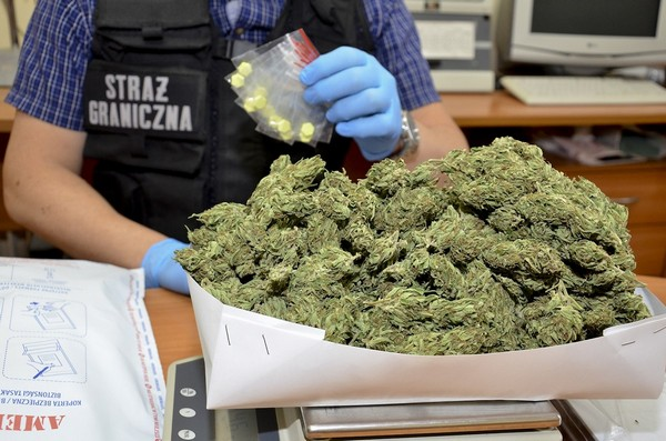 Blisko 400 porcji narkotyków nie trafi na rynek