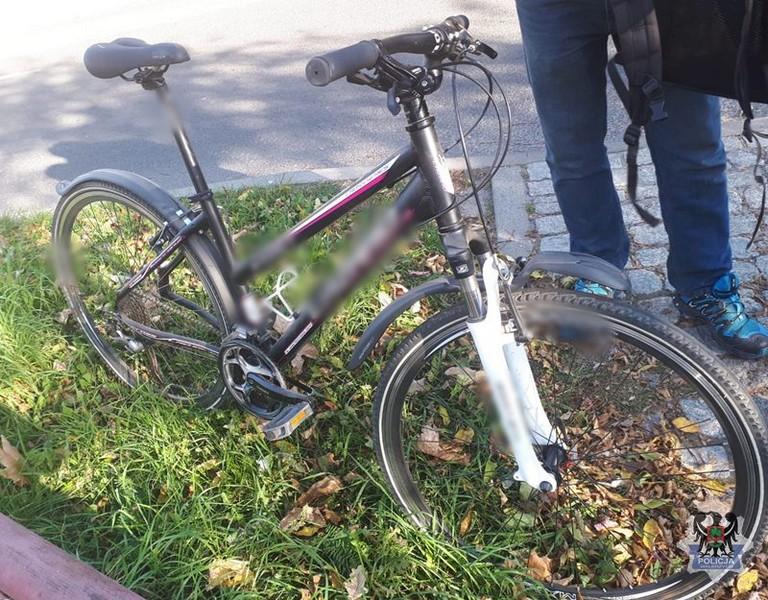 Jechał skradzionym rowerem
