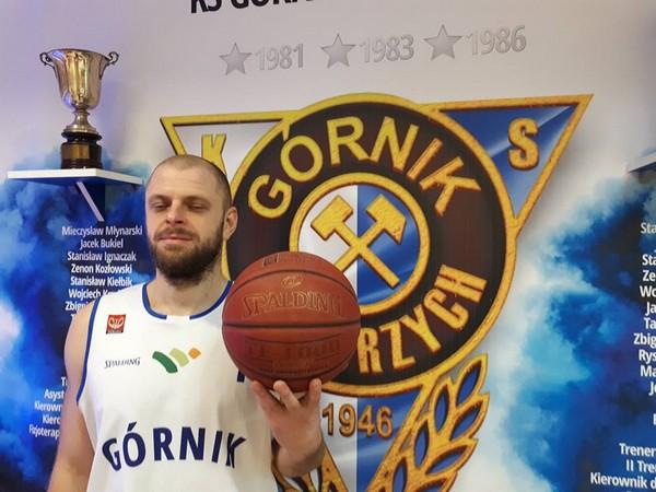 Nowy koszykarz w Górniku