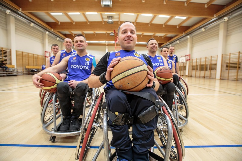 Toyota wspiera koszykarzy na wózkach