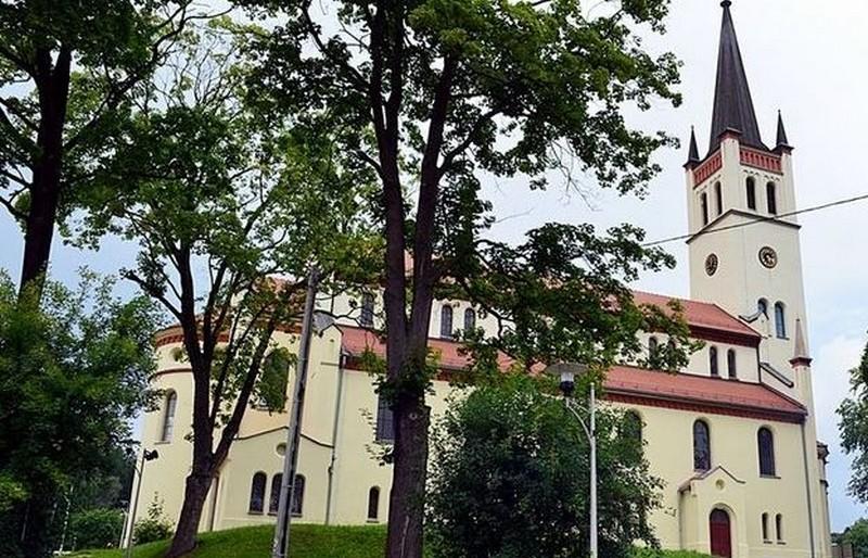 Remont wieży kościoła na ukończeniu